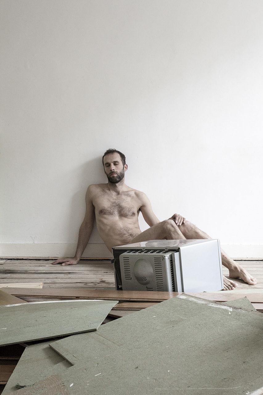 Abandoned_Living _room_2014